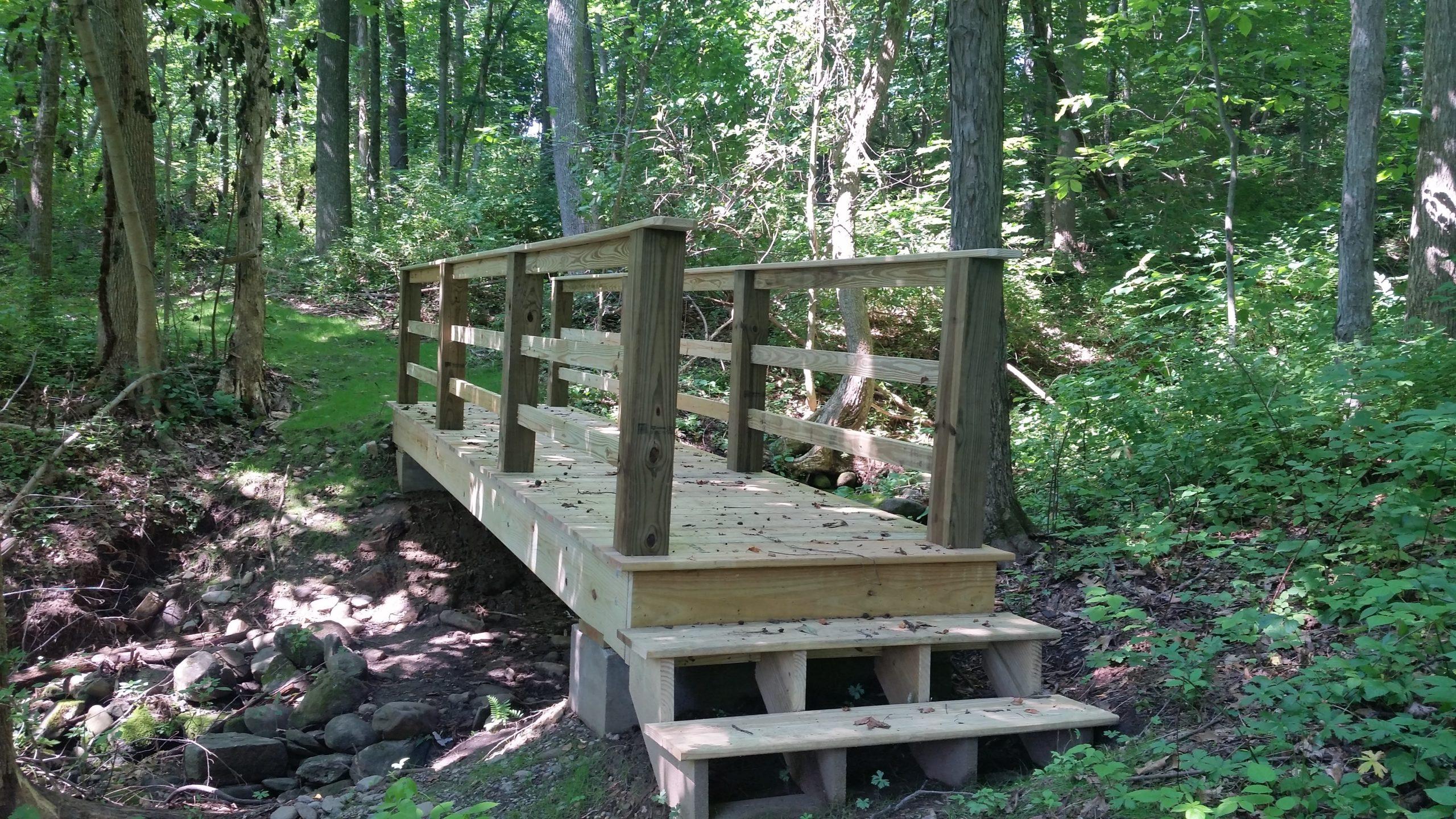 https://www.auburnguide.com/368/Pakachoag-Hiking-Trail
