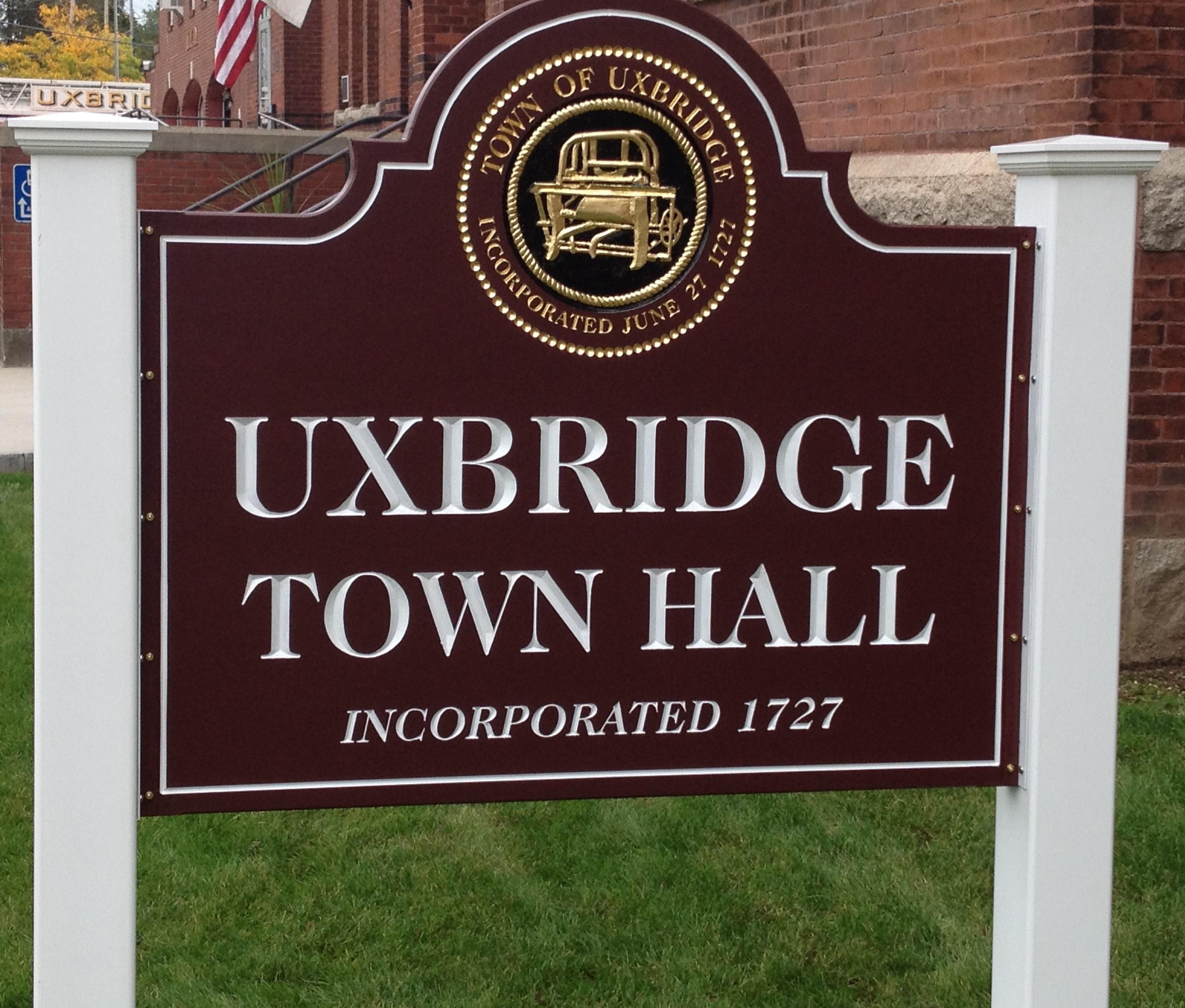 Uxbridge Town Hall Sign