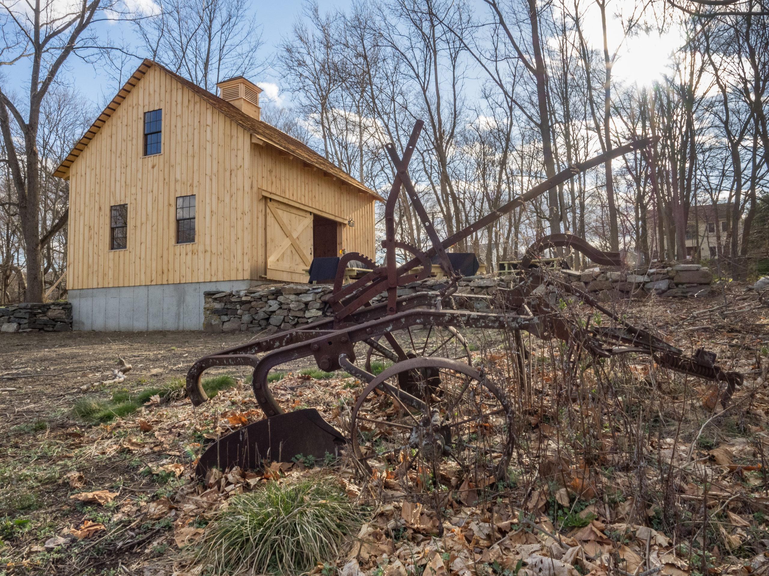 Kelly House Replica Barn. Photo: Carol Dandrade.